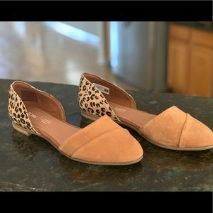 New without tags - Toms leopard print flats